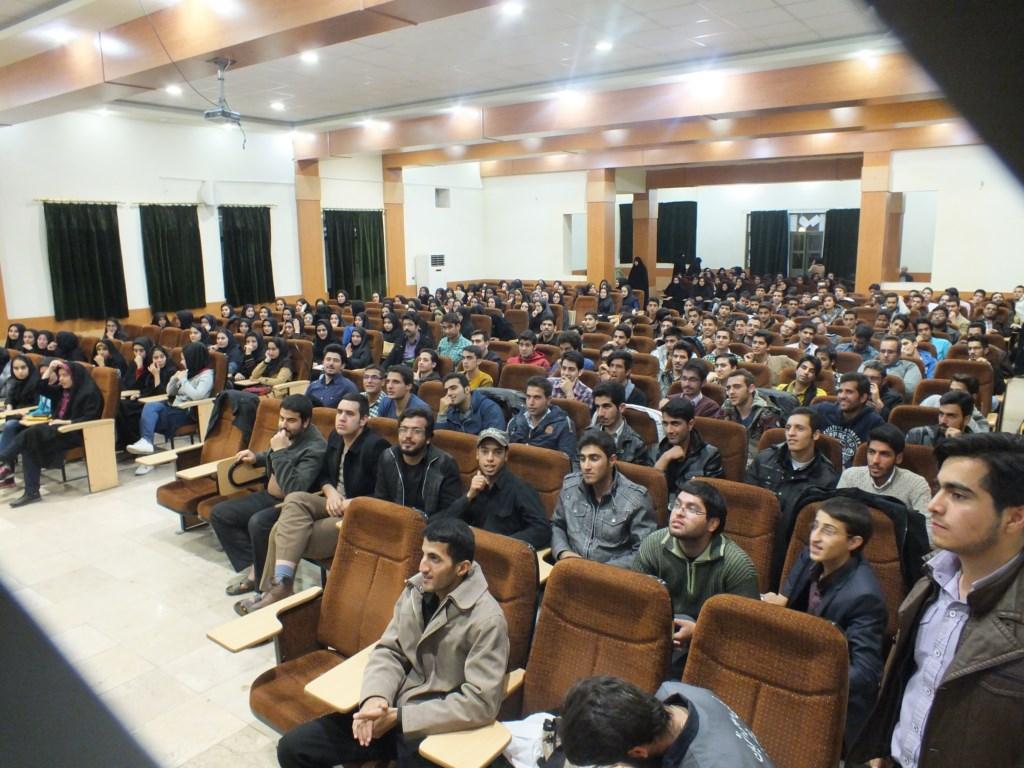 تریبون آزاد به مناسبت روز دانشجو